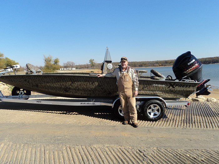 365.TOM AUTRY AND HIS NEW H22B CAMO.20170107023738